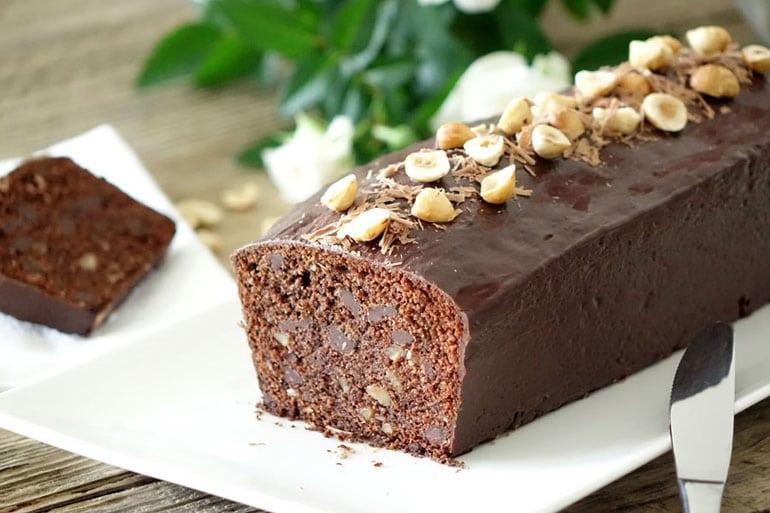 Recette du cake chocolat et noisettes