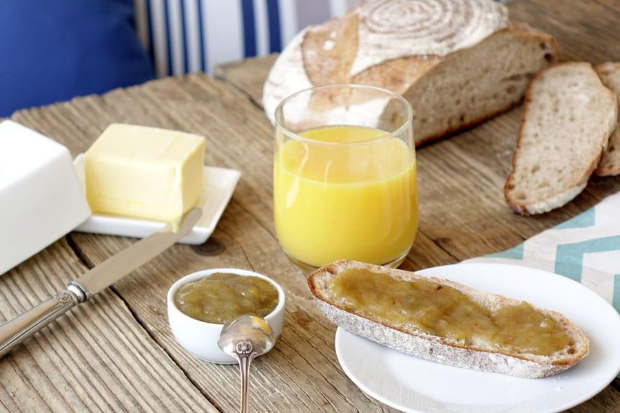 La recette de la confiture de rhubarbe à la vanille