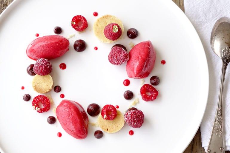 Recette du sablé framboises et chocolat à l'assiette