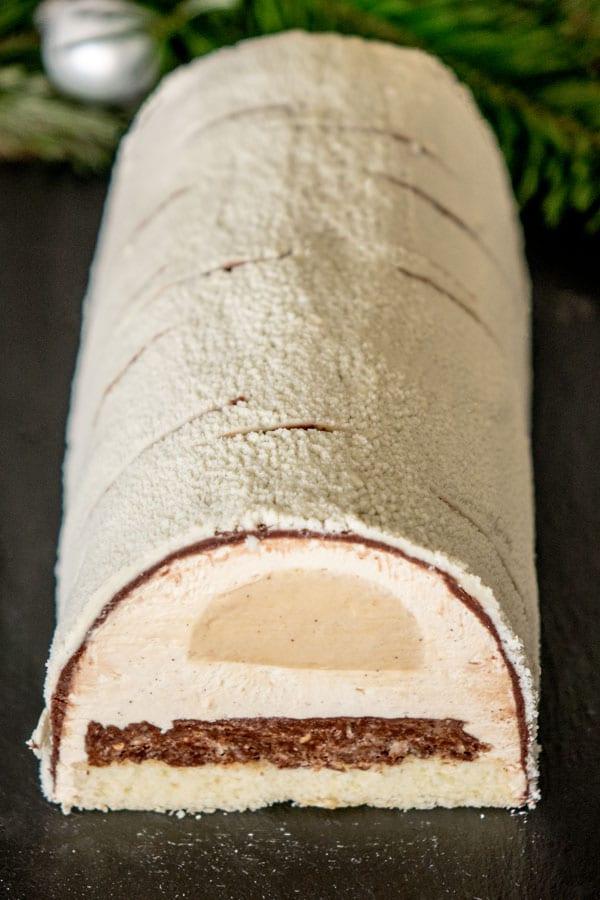 La bûche écorce de Claire Damon ( caramel, vanille, tonka)