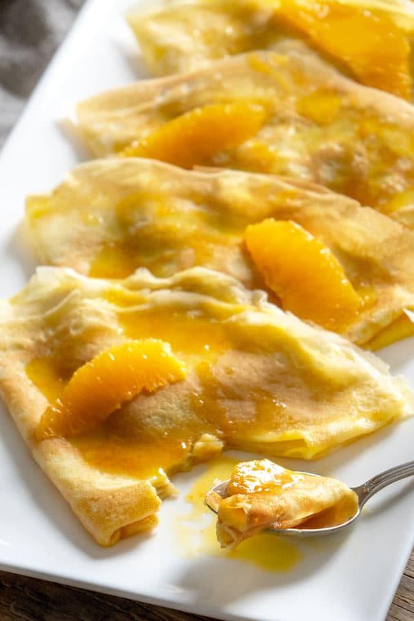 La recette des crêpes Suzette à l'orange et au Grand Marnier